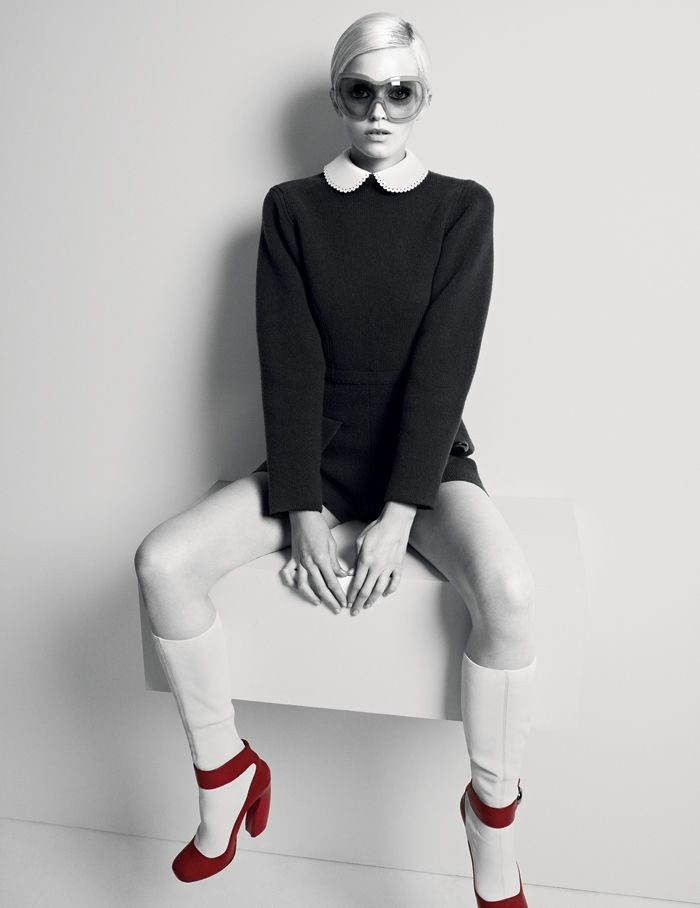 A twiggy Abbey Lee ~ glasses, boots...everything!