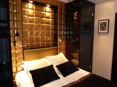 Deco or et noir | Cette chambre à coucher en or avec un couvre-lit ...