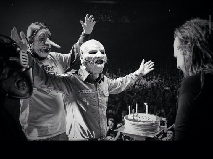 Slipknot signing Happy Birthday to JD  01/18/2015  44 years