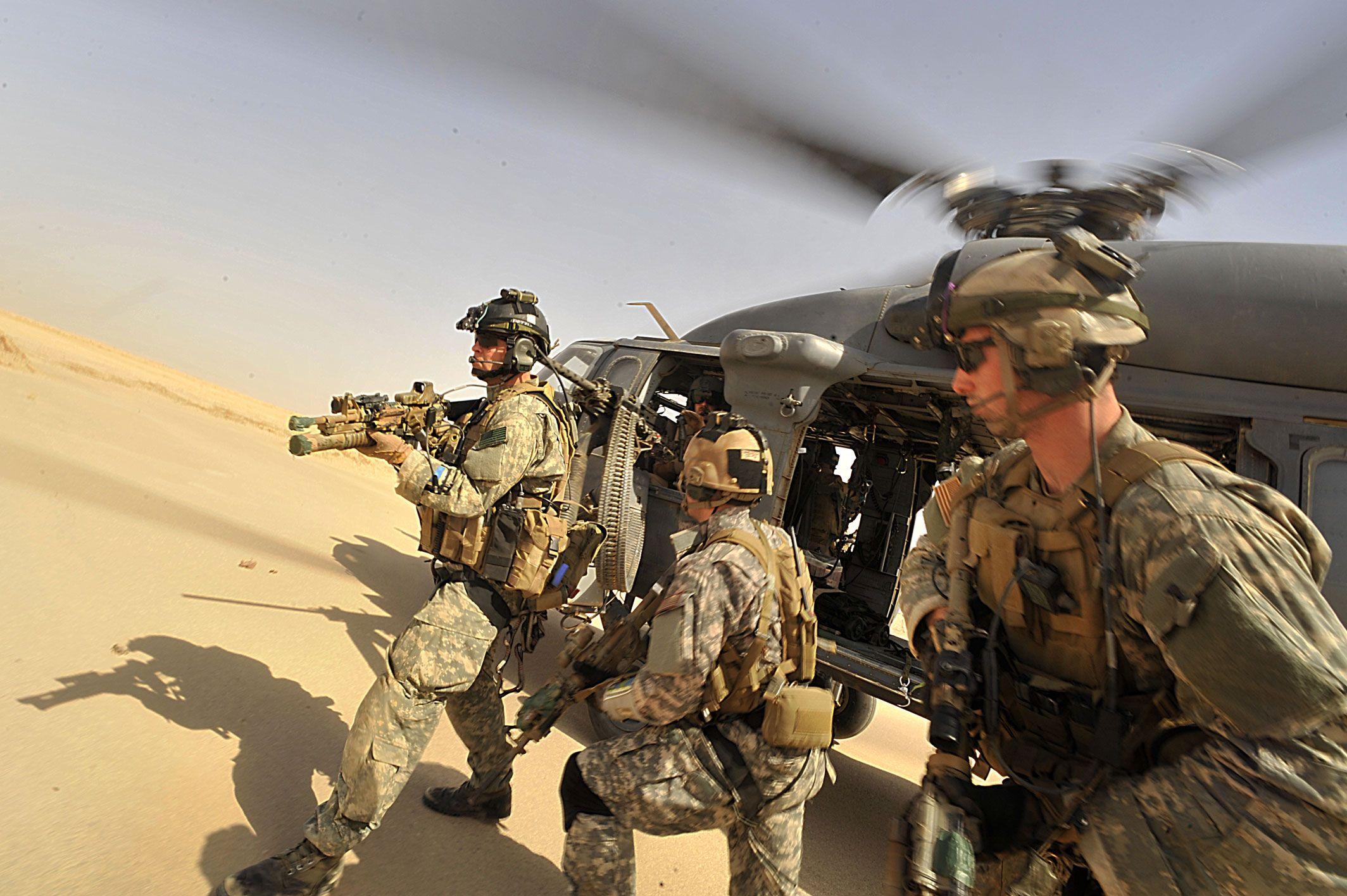 USAF Pararescuemen HH60G Pavehawk Helicopter Usaf