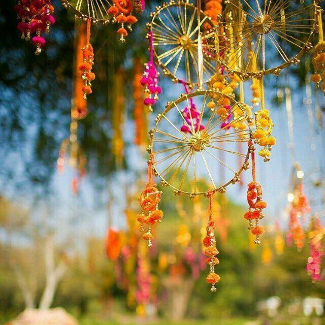 Beautiful Things To Use In Wedding Ceremonies Decoration Like Mehndi Shahiparinaya