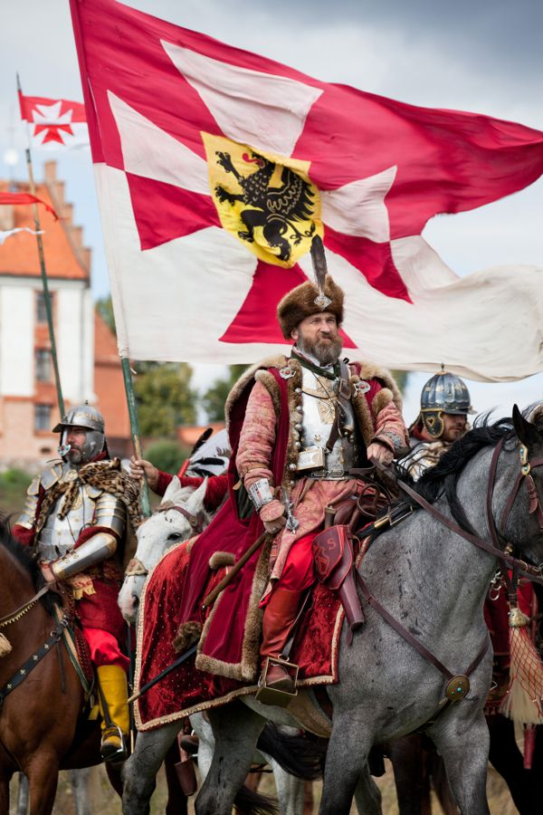 Hussar Banner Castle Gniew by Fox Lens, via Behance