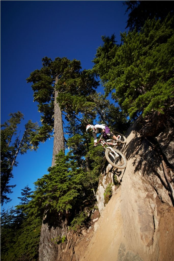 Extreme drop..would you dare? cycling mtb
