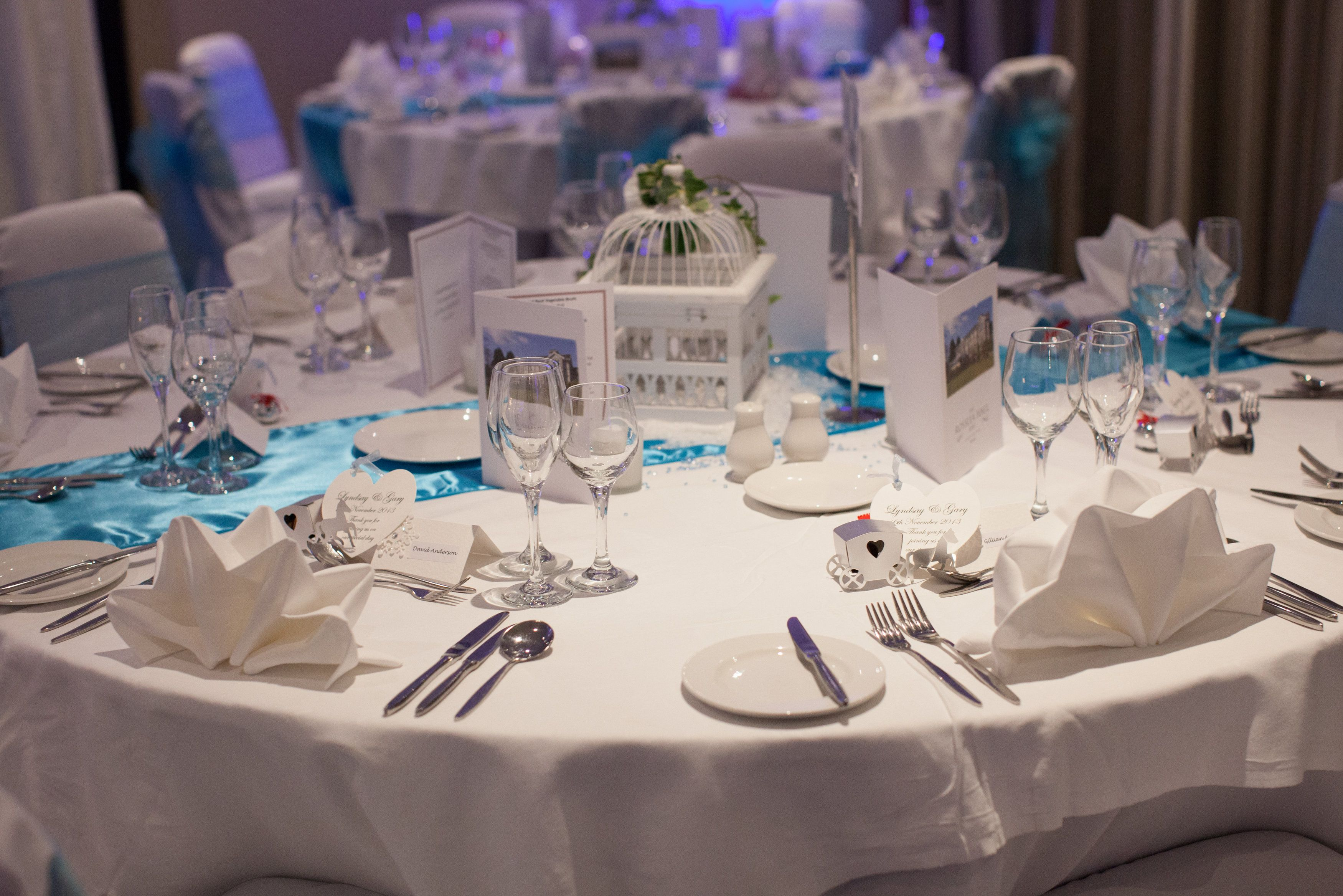Winter Wonderland table setting at Rosslea Hall Hotel & Winter Wonderland table setting at Rosslea Hall Hotel | Winter ...