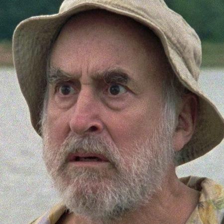 Dale Horvath (Jeffrey DeMunn)