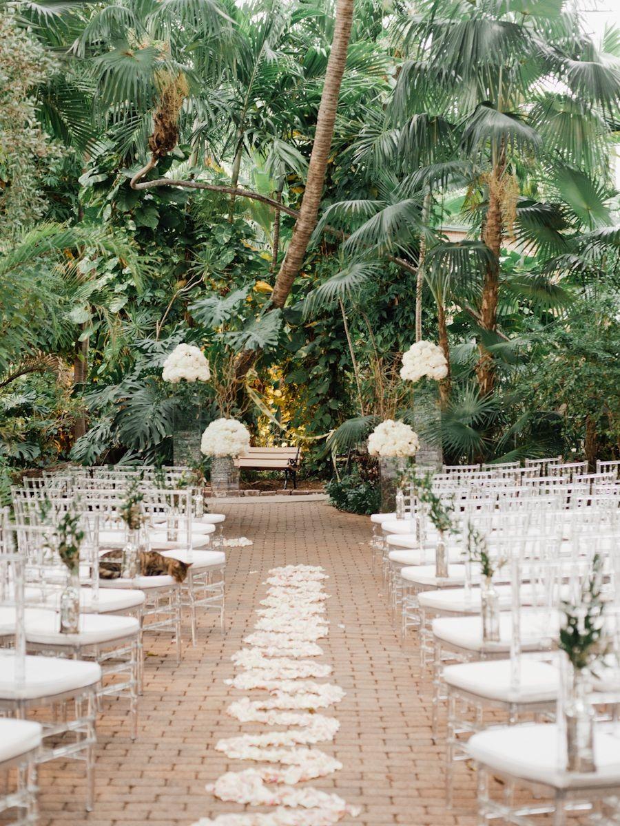 Beautiful Key West Wedding at the Ernest Hemingway House