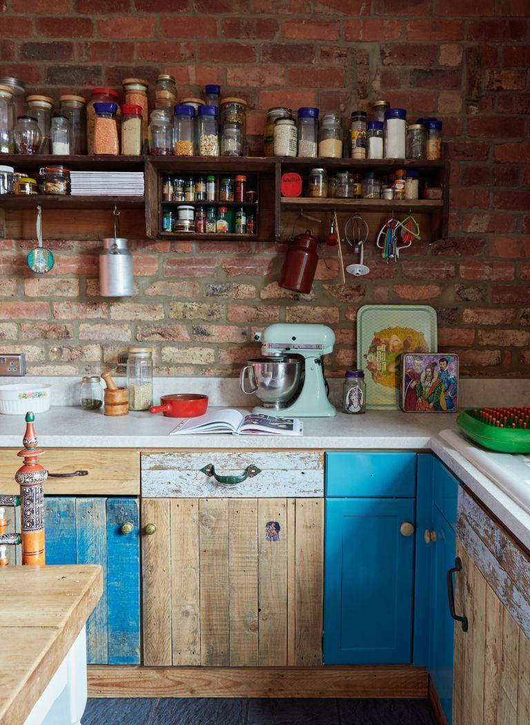 Love Vintage Style Unfitted Kitchen Kitchen Renovation Kitchen Colors
