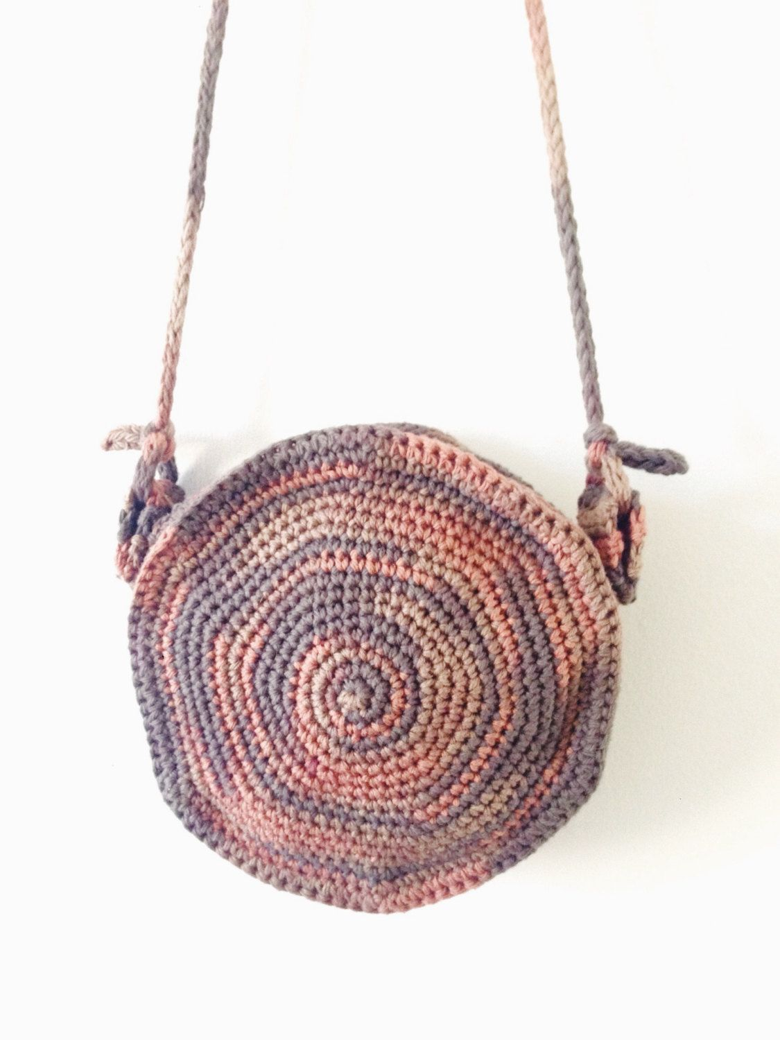 Fun Crochet Pattern: Boho Circle Bag! | Crochet Envy | Pinterest ...