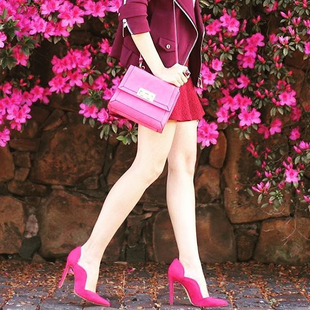 WEBSTA @ sublimefinds - Pink errrrrrything via @fashioncoolture! Did you know tomorrow is also bright pink lipstick day? Don some hot pink lips and use them as a conversation starter to encourage others to know and share their family health history. There are so many stories of people becoming more aware of breast and ovarian cancer when they hear sometime else's story - it can truly make a difference. Visit @pinkhopeaus to learn more!