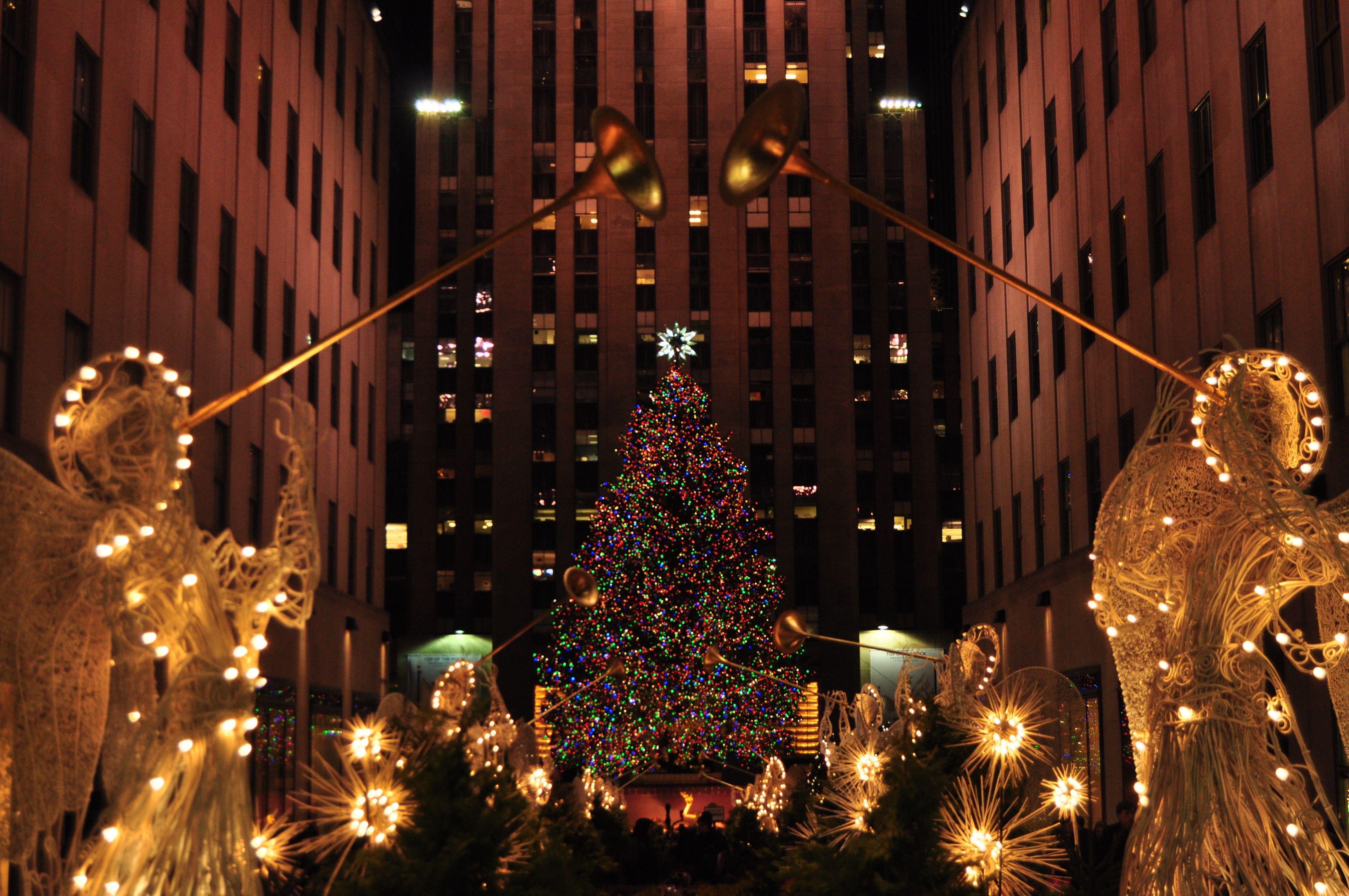 30 New York City Christmas Wallpapers Download At Wallpaperbro