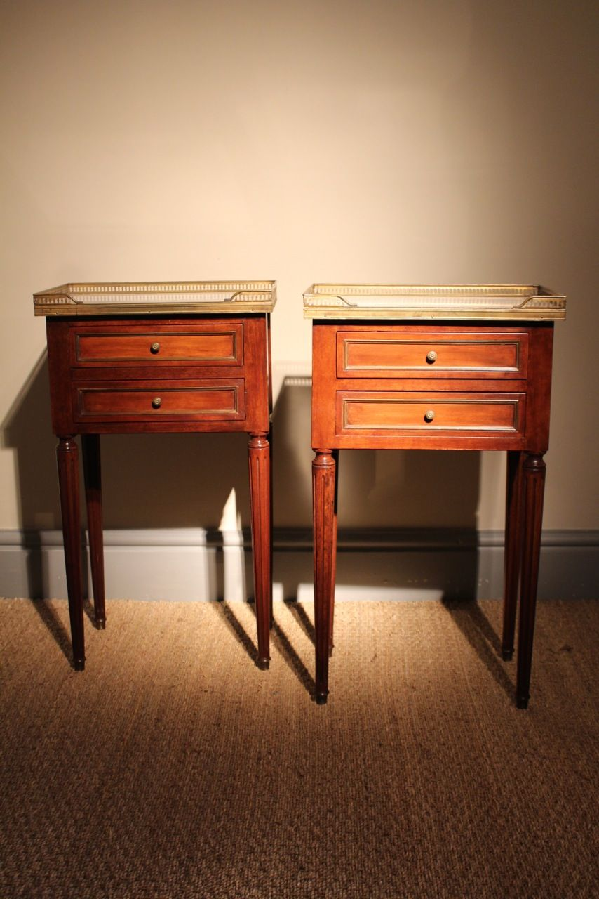 A Good Quality Pair Of Circa 1900 1920s French Bedside Table In