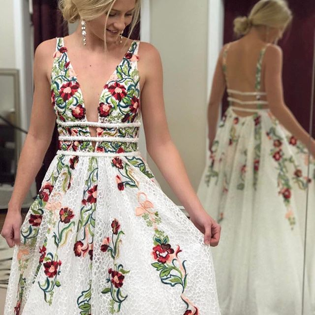 A-Line Deep V-Neck Backless Ivory Lace Prom Dress with Appliques 08a245ffb