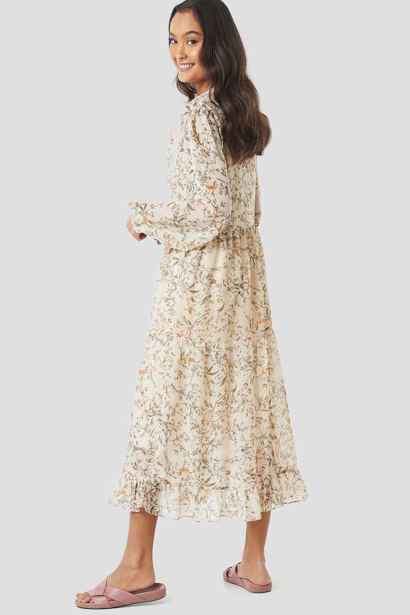 blumen-print tiered midi-kleid. in 2020 | fashion clothes