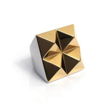 nOir Jewelry: Four Points Ring, at 24% off!