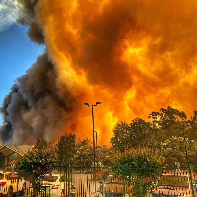 Multiple homes destroyed as bushfires rage Australia
