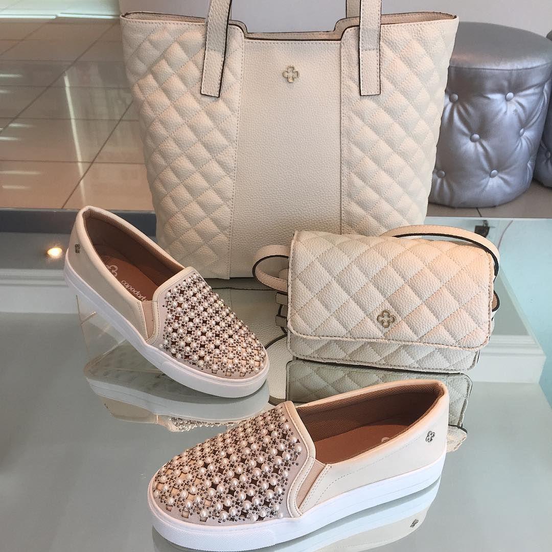 5ad43947d Look Capodarte 🎁 😍 🎁. Sneaker Pérolas R$350 / Bolsa pequena R$290 /  Bolsa grande R$490