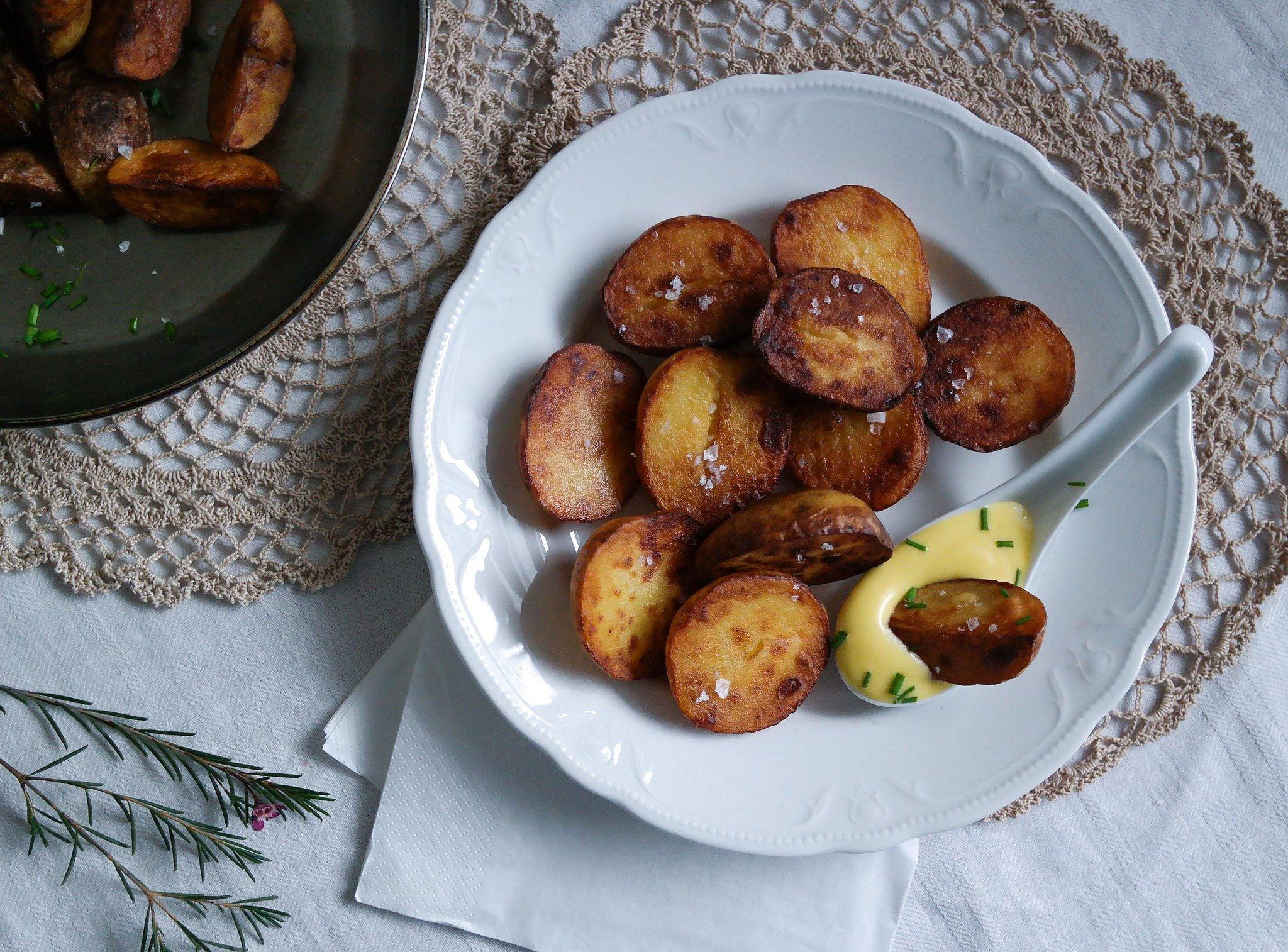Salt and vinegar potatoes!  (in Finnish)   + vegan chorizo recipe also in this blog