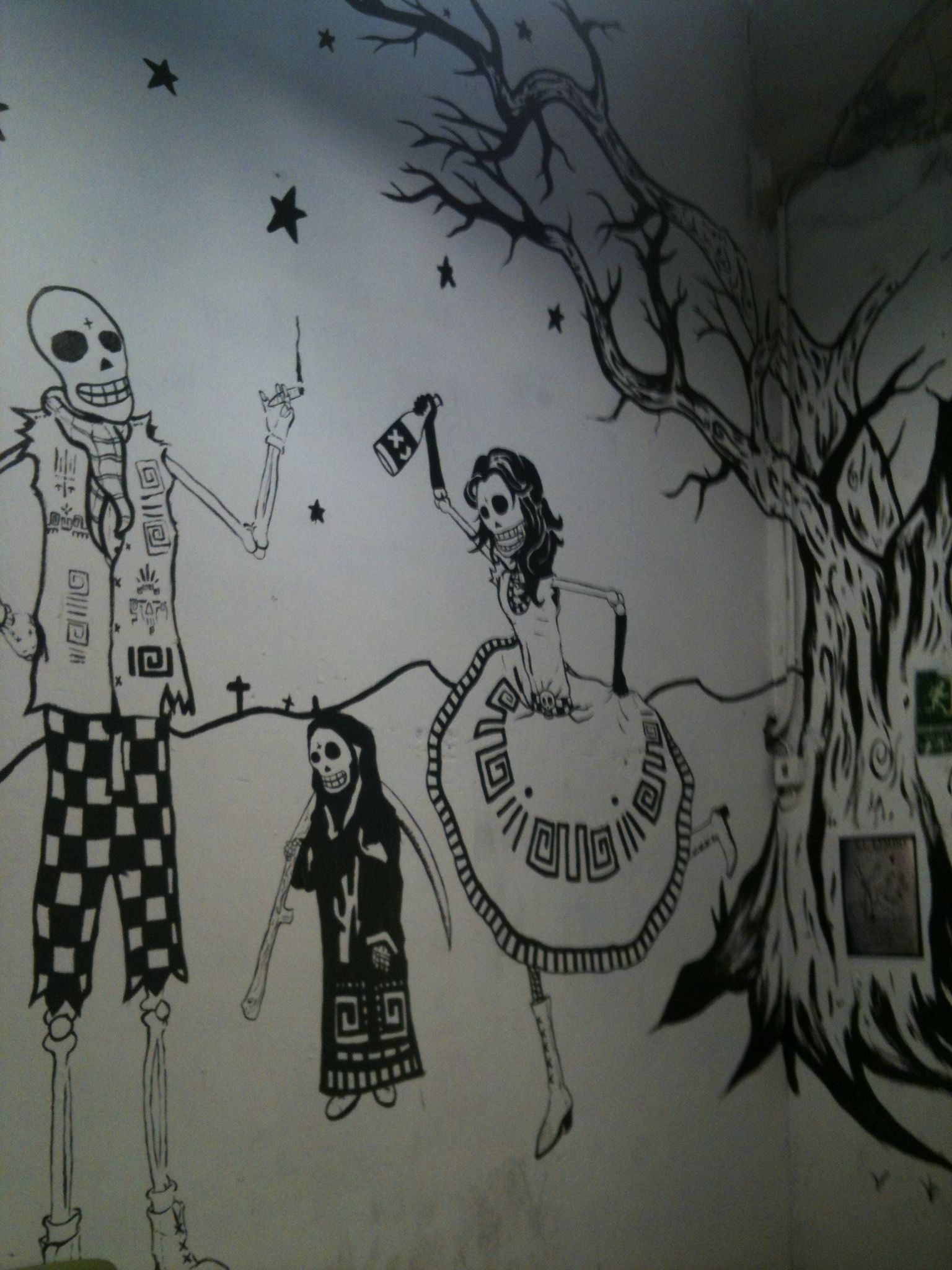 Dibujo en la pared. La Tabacalera de Lavapiés. Madrid. Enero 2012.