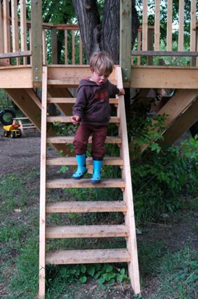 Treehouse Stairs And Platform    Example For Kids Treehouse Build