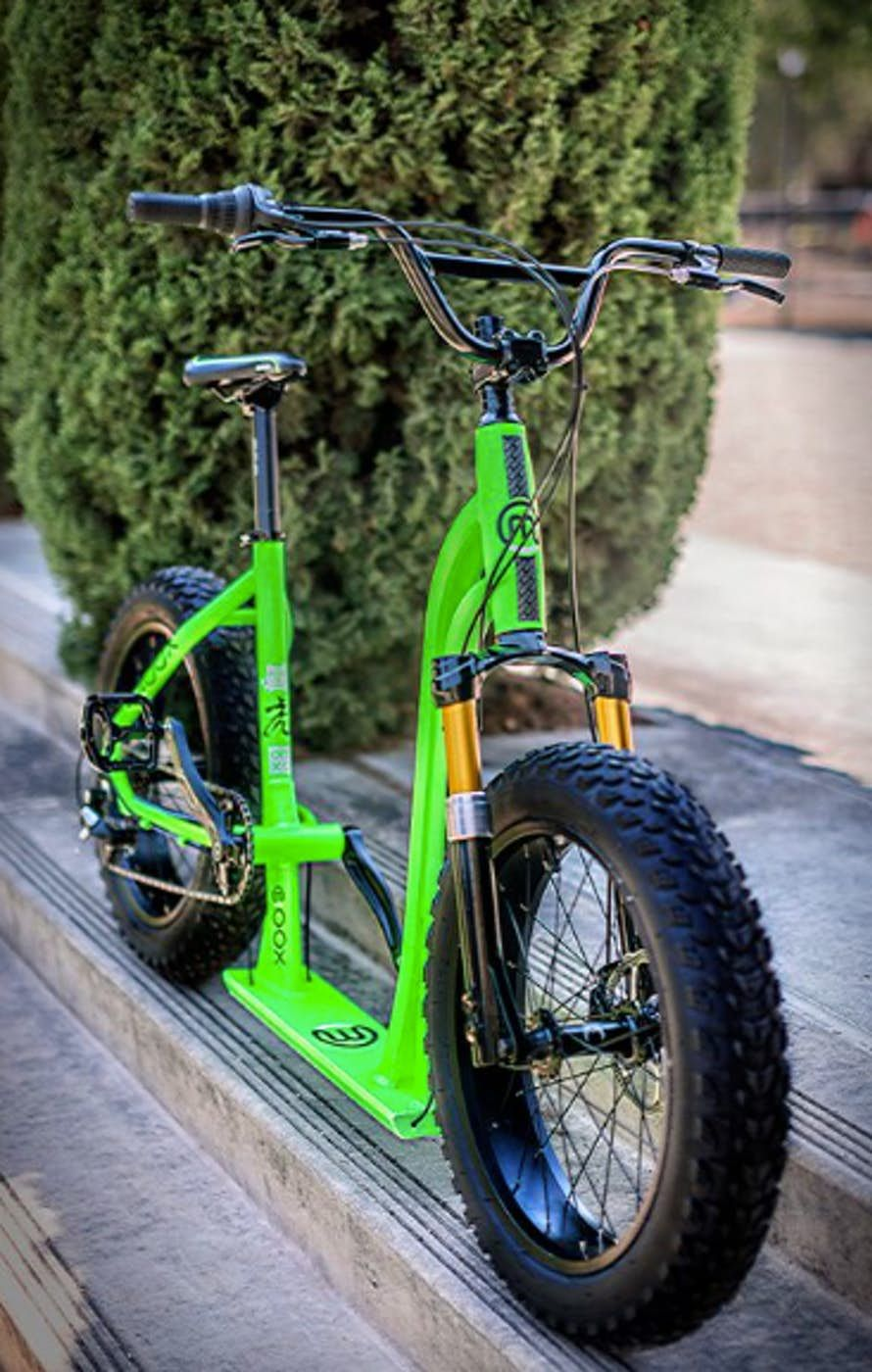 Moox Is Part Bike Part Scooter Scooter Bike Bike Bike Design