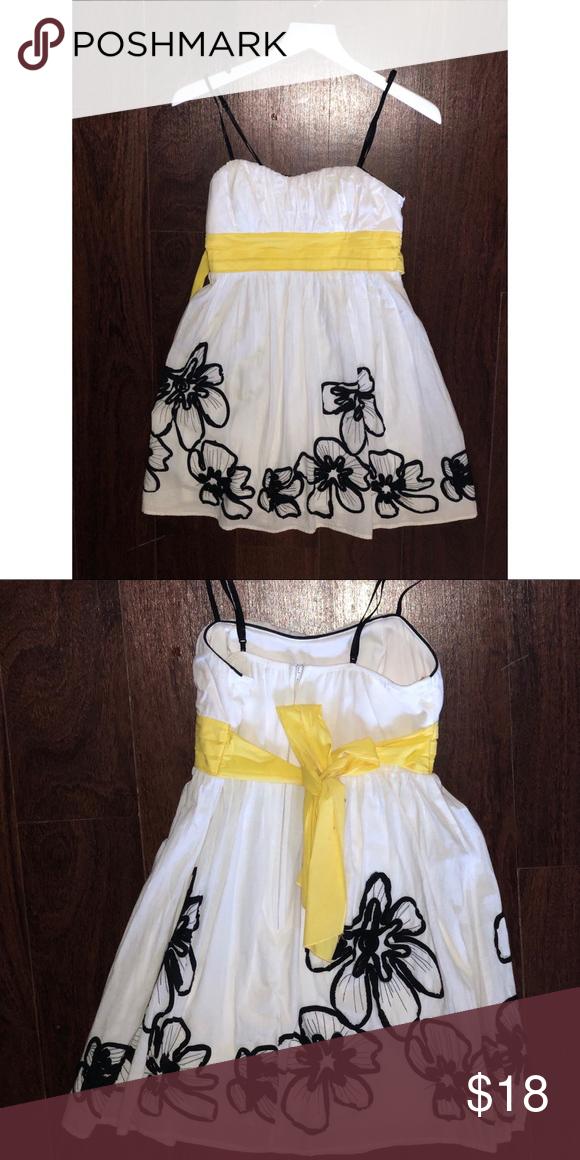 Mini sundress Short dress perfect for preteens and teens Macy's Dresses Mini #shortsundress