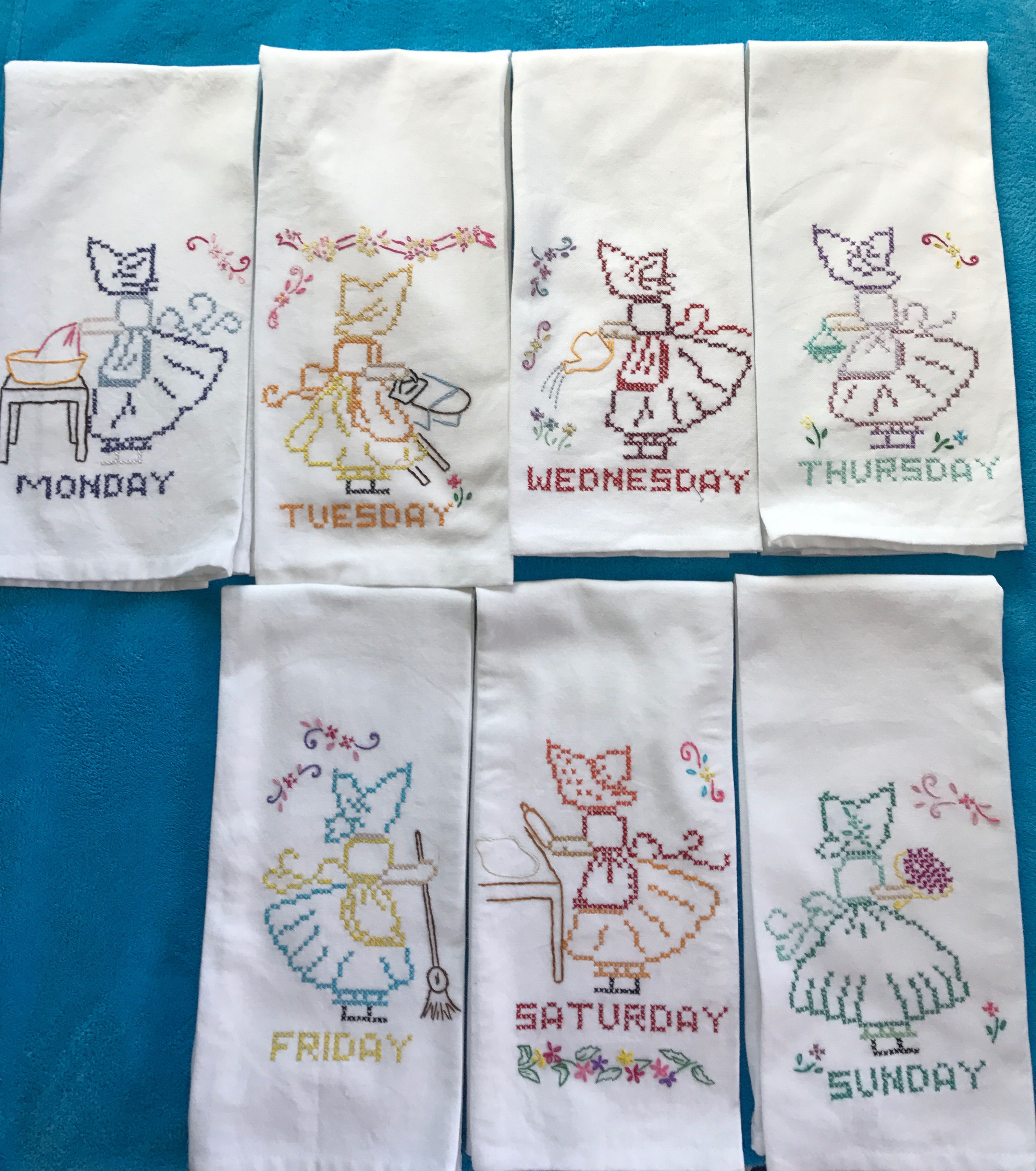 It S Sue Bonnet Tea Towels All Hand Embroidered Monday Thru Friday These Are Great Gifts For Christmas 30 00 Hand Embroidered Embroidery Handmade Items