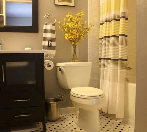 Best 25 yellow bathrooms ideas on pinterest diy yellow for Decoracion para banos chicos