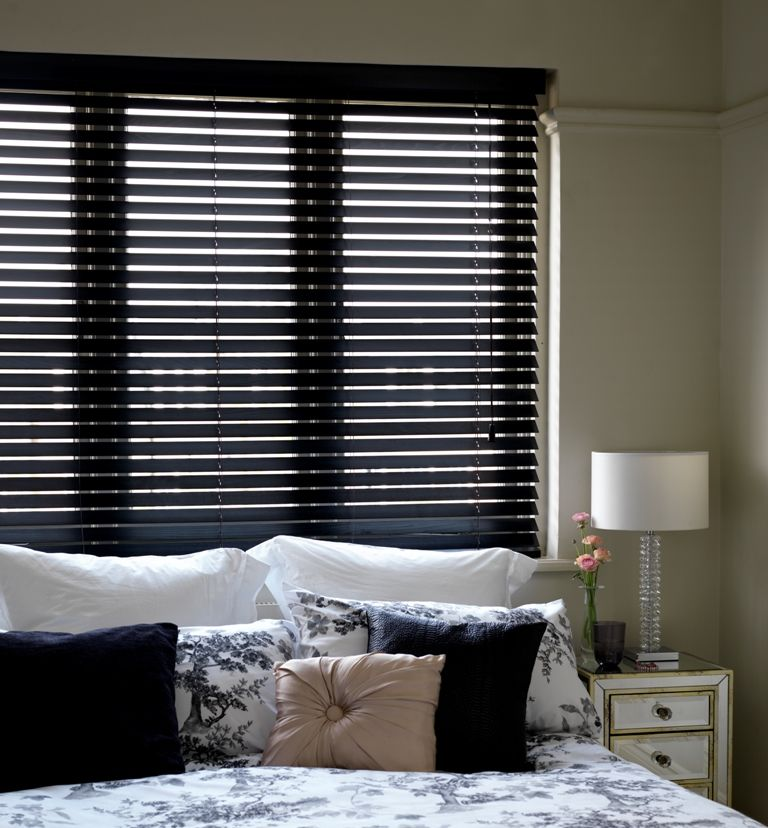Black Wooden Venetian Blinds With Cords: Https