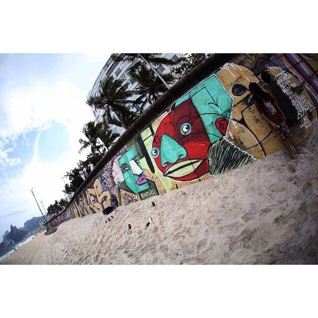 @madeira_photo  em casa... Arpoador RJ.    Enivo, artist