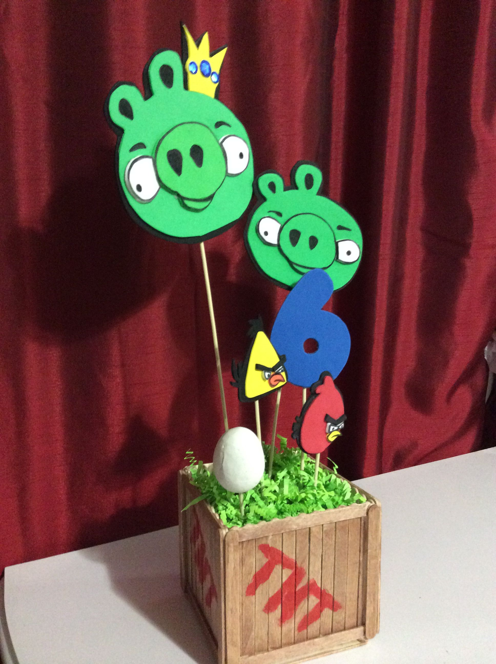 Angry Birds Centerpiece King Pig 2 N Zane Man In 2019 Birthday