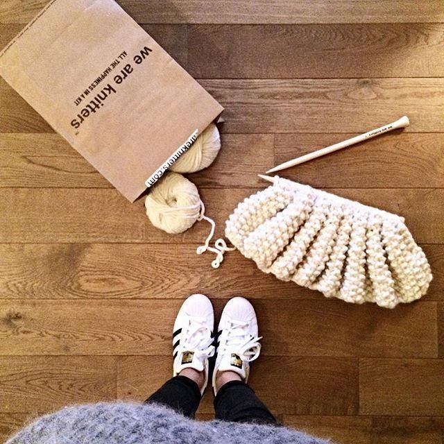 | Knitting | Get me back to my cosy sunday night  #weareknitters #knit #Knitting #wool #plaid #udonplaid #naturel @weareknitters #wak #sunday #night #mondaymorning #cosy #adidas #shoefie #pointderiz #beartybechic #bechic #blog #fashionblog #blogmode #fashionblogger #blogger #belgianblogger #mode #cute #instagood #follow #brussels S.