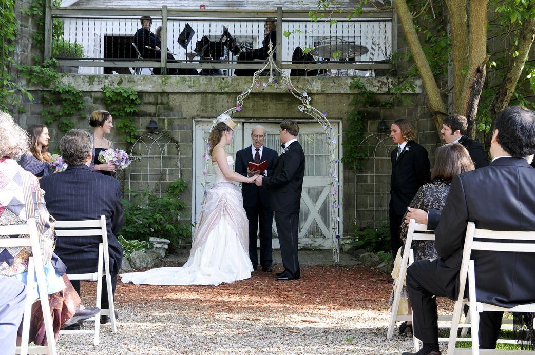 The Blue Dress Barn Near Benton Harbor And St Outdoor Wedding Venues