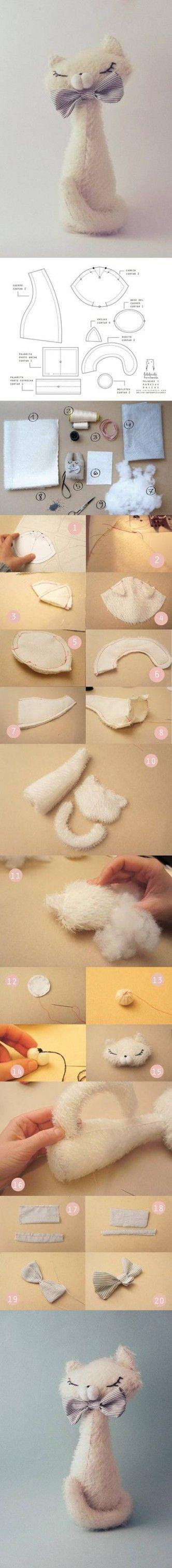 DIY Cat Plushie - FREE Pattern and Tutorial http://www.usefuldiy.com/page/8/
