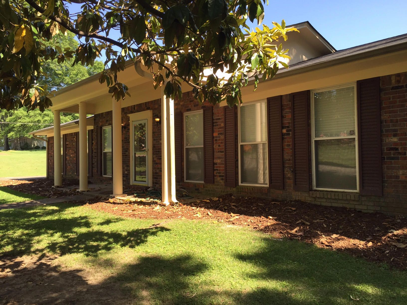 1001 Monroe St Tupelo Ms Agent Owned Property A