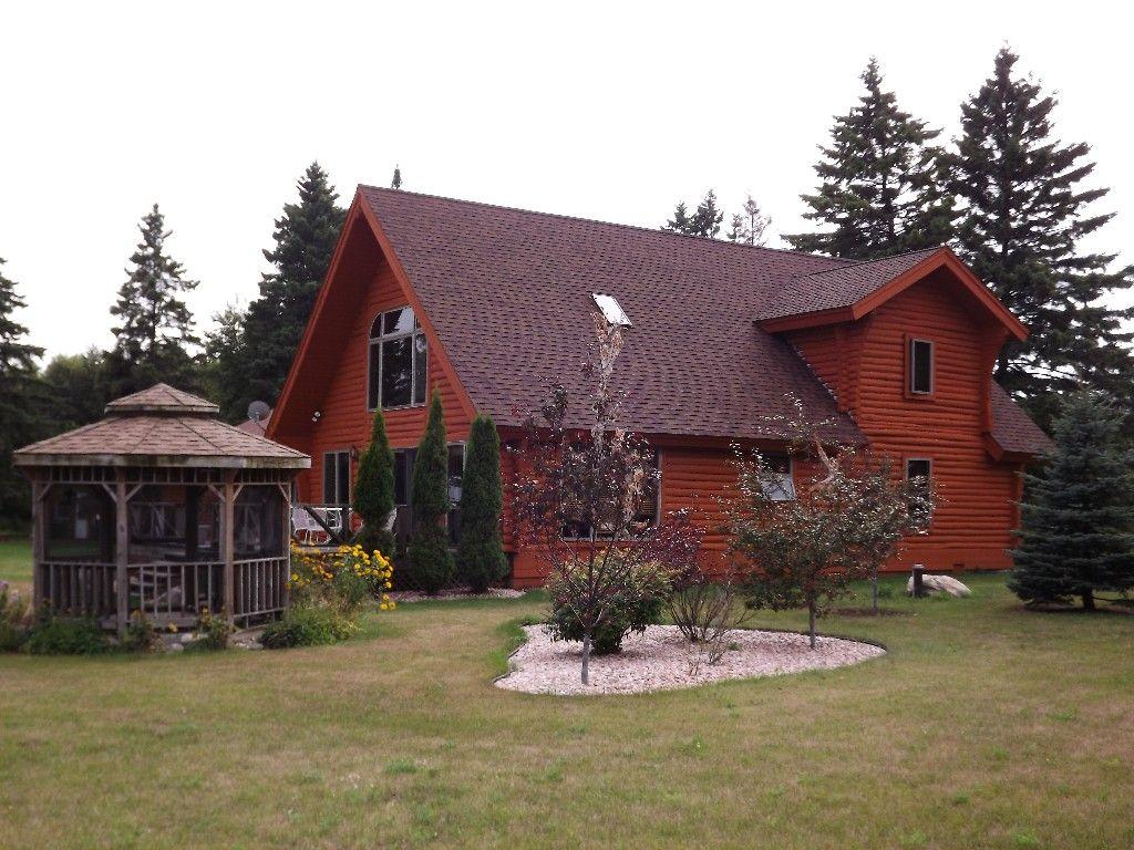 Cabin vacation rental in cedar river from