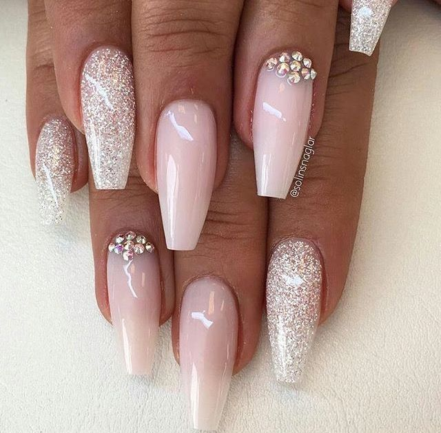 Pin by Valerie Okeefe on fancy nails rhinestones | Pinterest ...