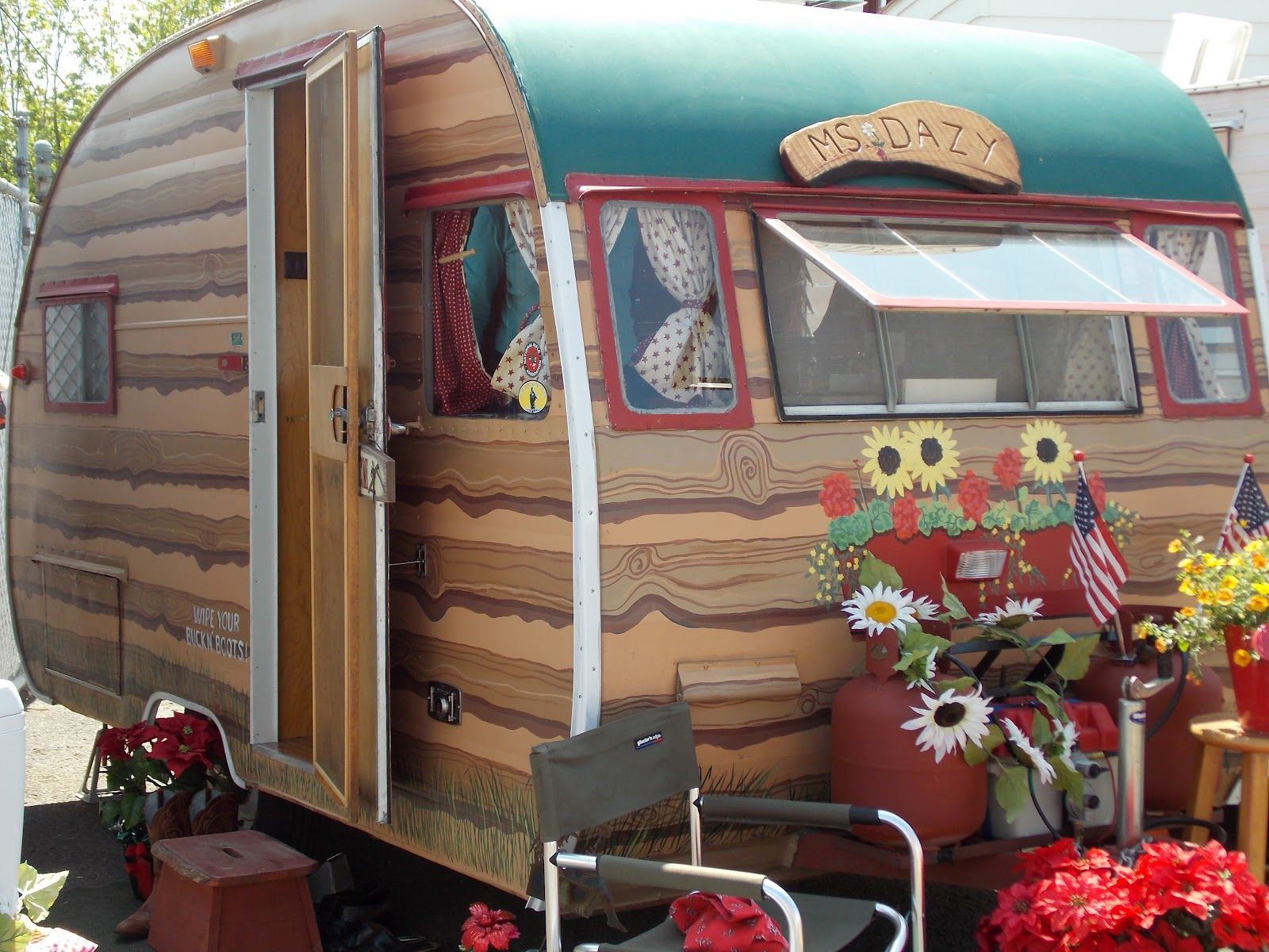 Vintage Trailer Paint Jobs Vintage Trailers Ready To