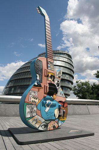 LISTO Silvio Guitar art in London