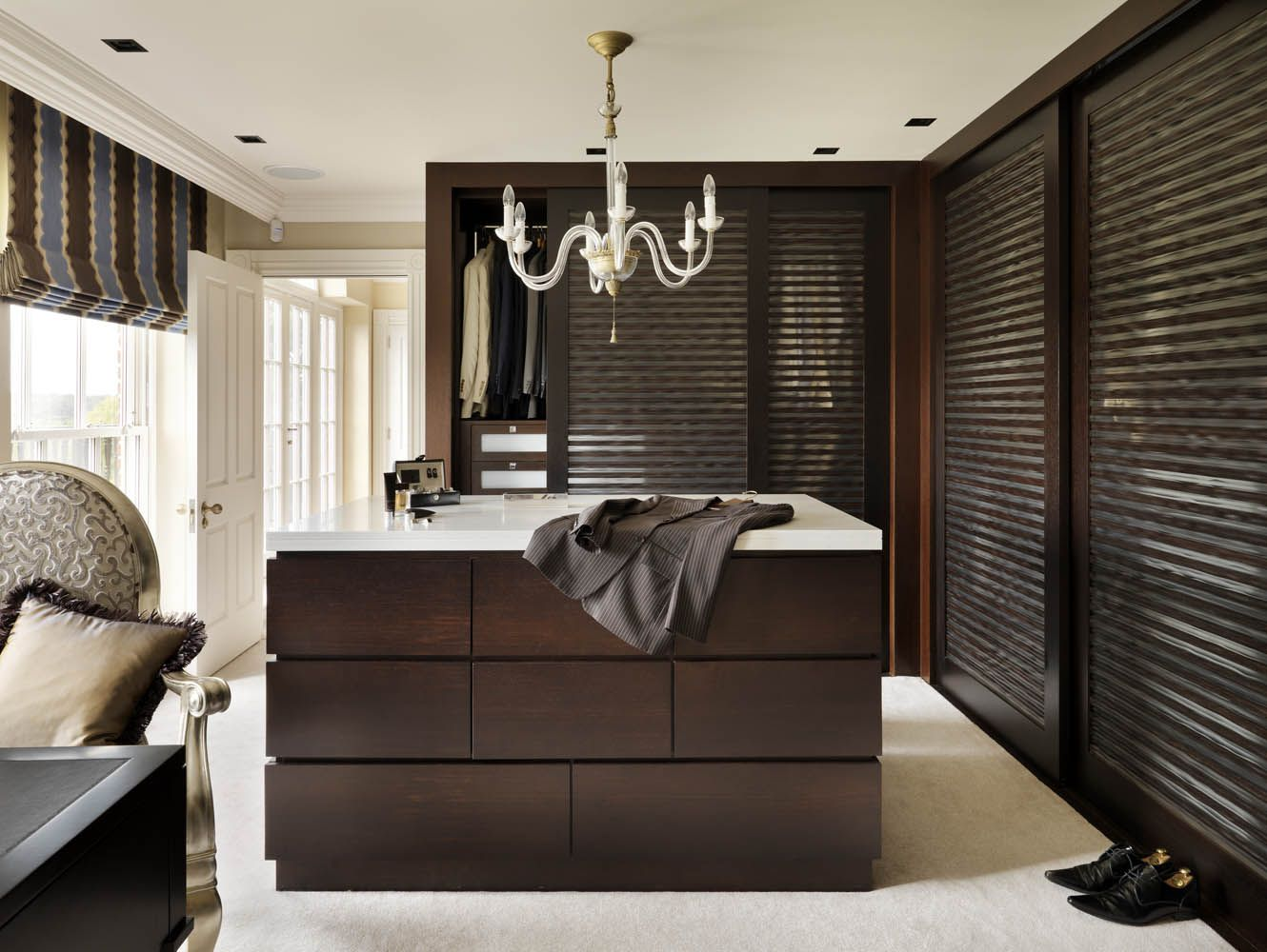 Country House Dressing Room Design By Oliver Burns