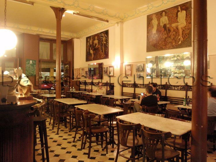 salón principal del Cafè del Centre