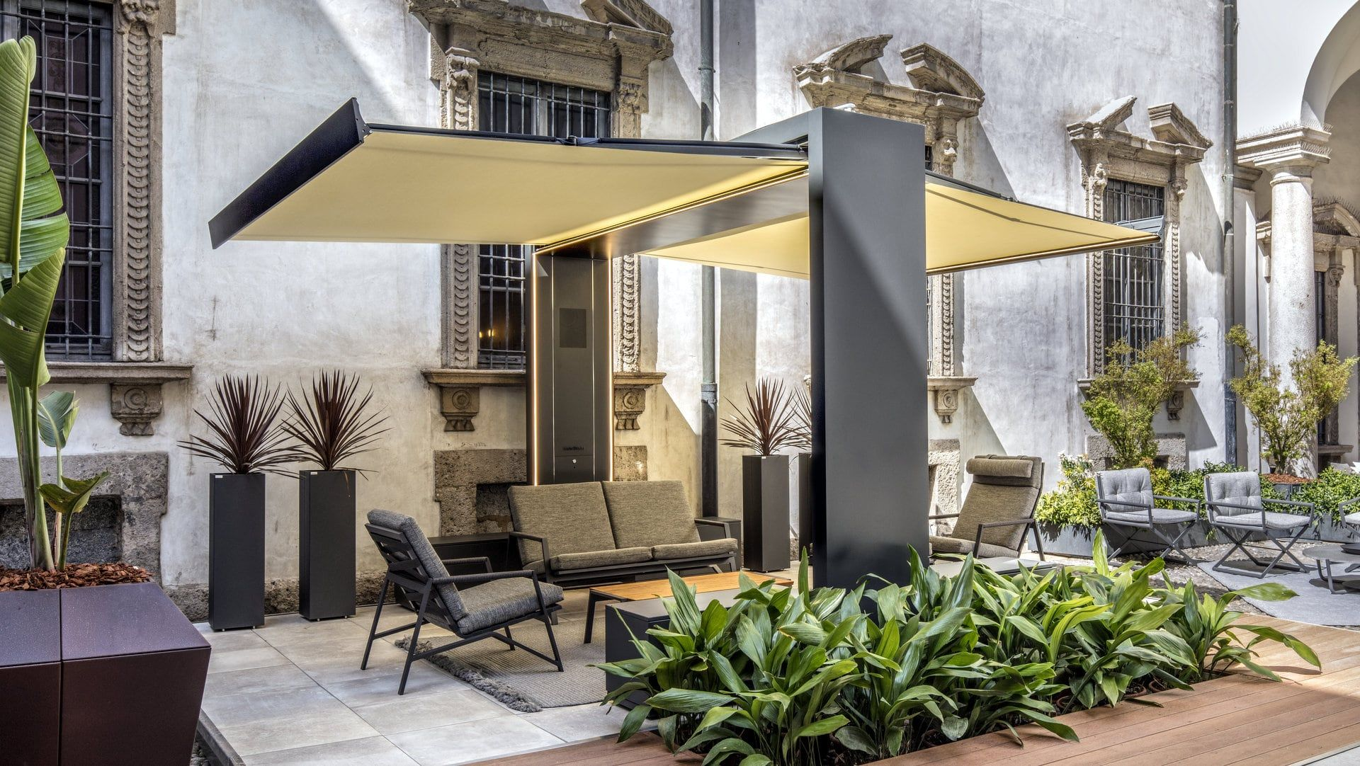 Freestanding Motorized Folding Arm Awning Gate Shade By Unosider Design Nicolas Thomkins In 2020 Patio Shade Modern Design Rooftop Patio