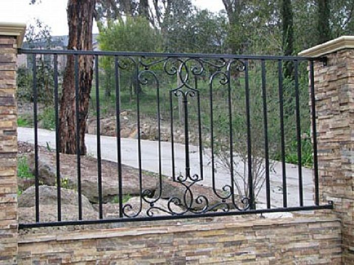 Http Lanewstalk Com Wp Content Uploads 2013 10 Driveway Gate Wrought Iron Fence Designs Jpg Verjas Diseno De Patio Barandas