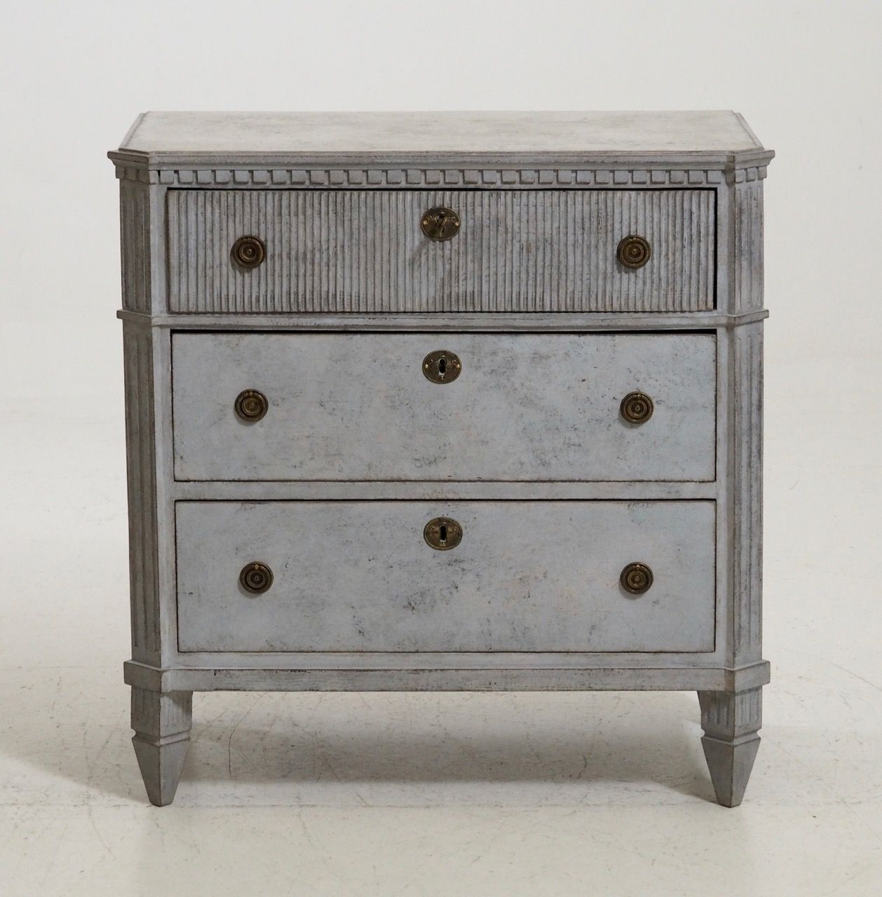 Antique Gustavian Style Chest of Drawers with Old Lock and Key - Antique Gustavian Style Chest Of Drawers With Old Lock And Key