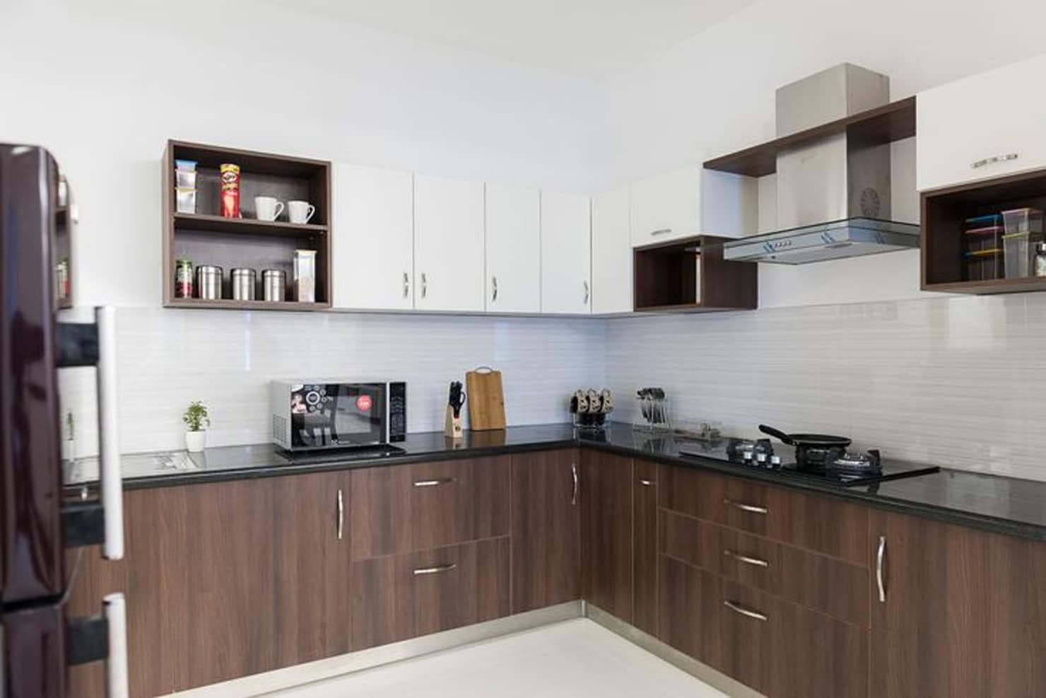 Completed modular kitchen designs by homelane.com classic ...
