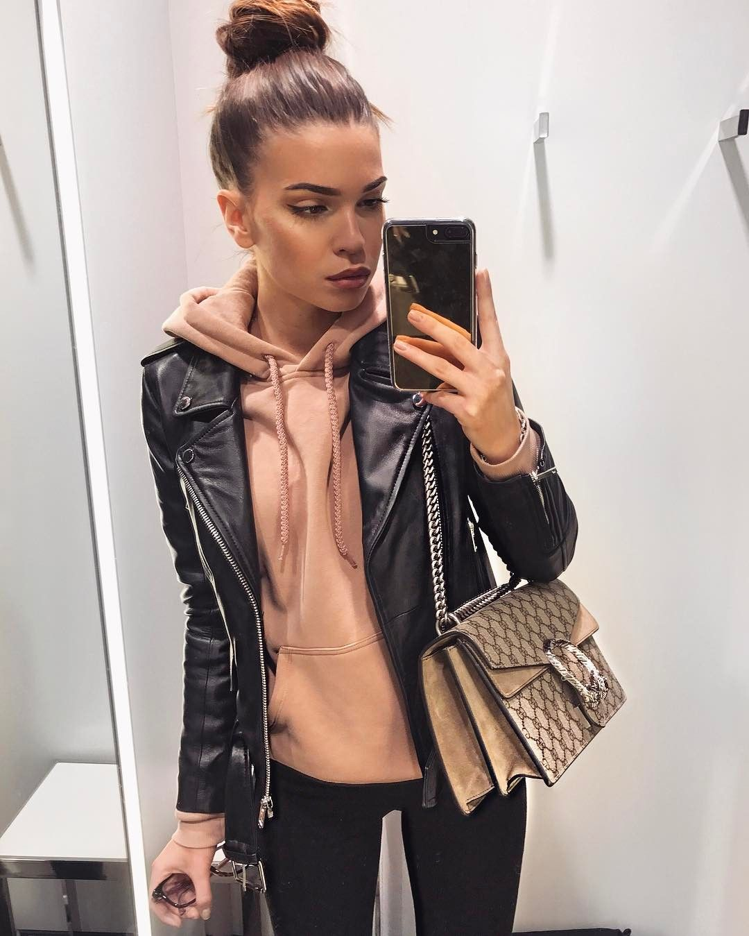 """27.2k Likes, 244 Comments - Iva Nikolina Juric (@ivanikolina) on Instagram: """"Haha so scared to say it but I think Autumn is there  #ootd"""""""