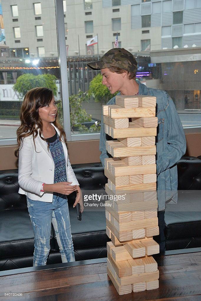 News Photo : Cree Cicchino and Jace Norman attend Breanna