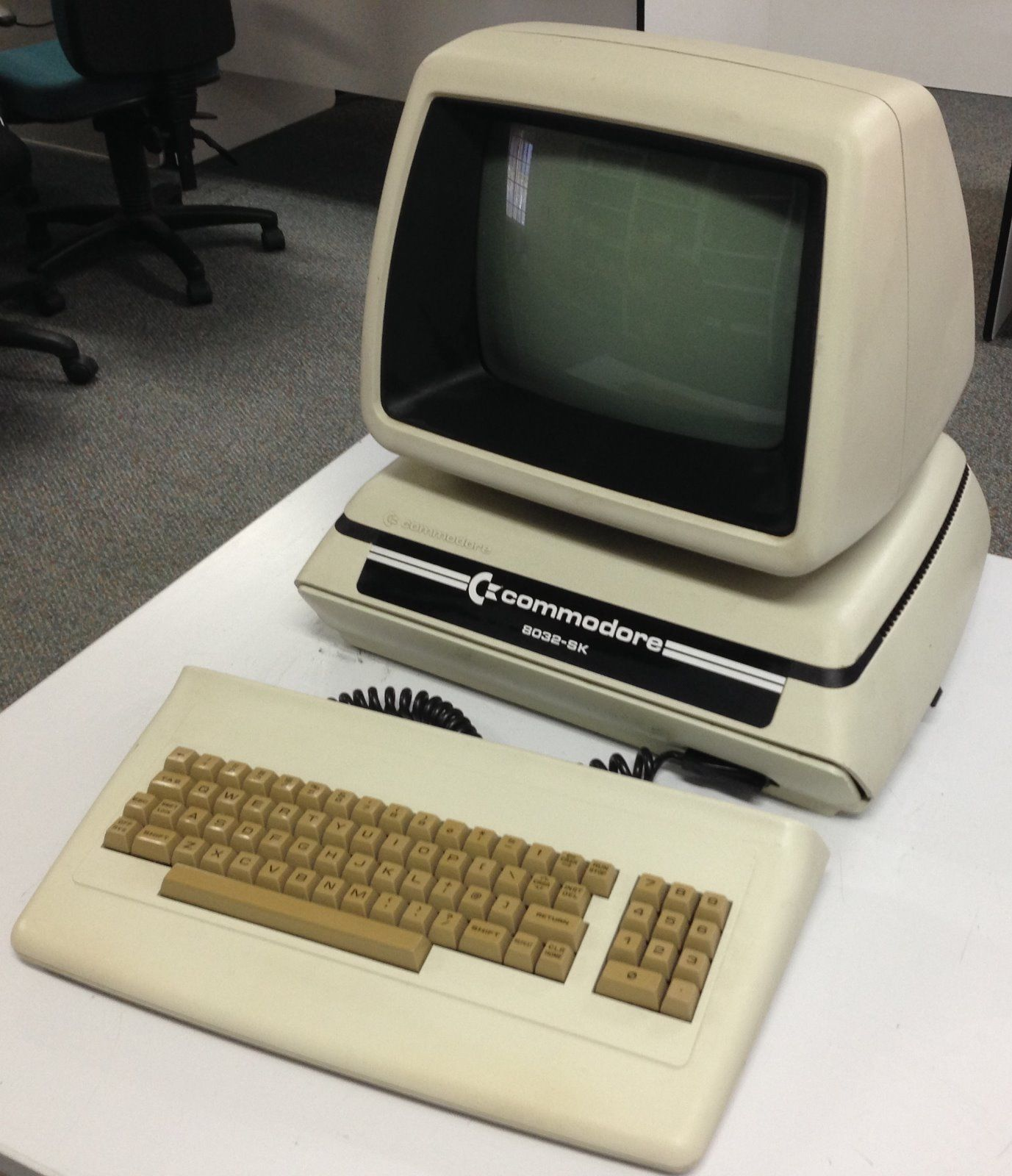 Antique Commodore Business Machine BCM 8032 SK 1981 82