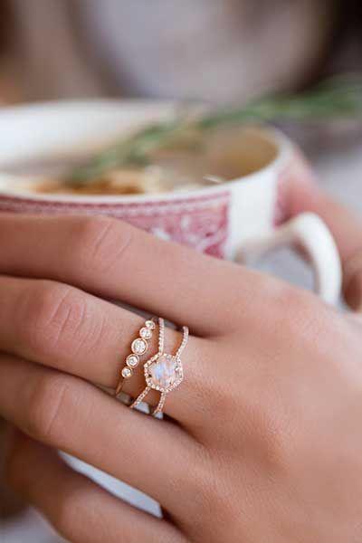 Znalezione Obrazy Dla Zapytania Boho Engagement Rings Aquamarine Engagement Ring Diamond Wedding Bands Engagement Rings Opal