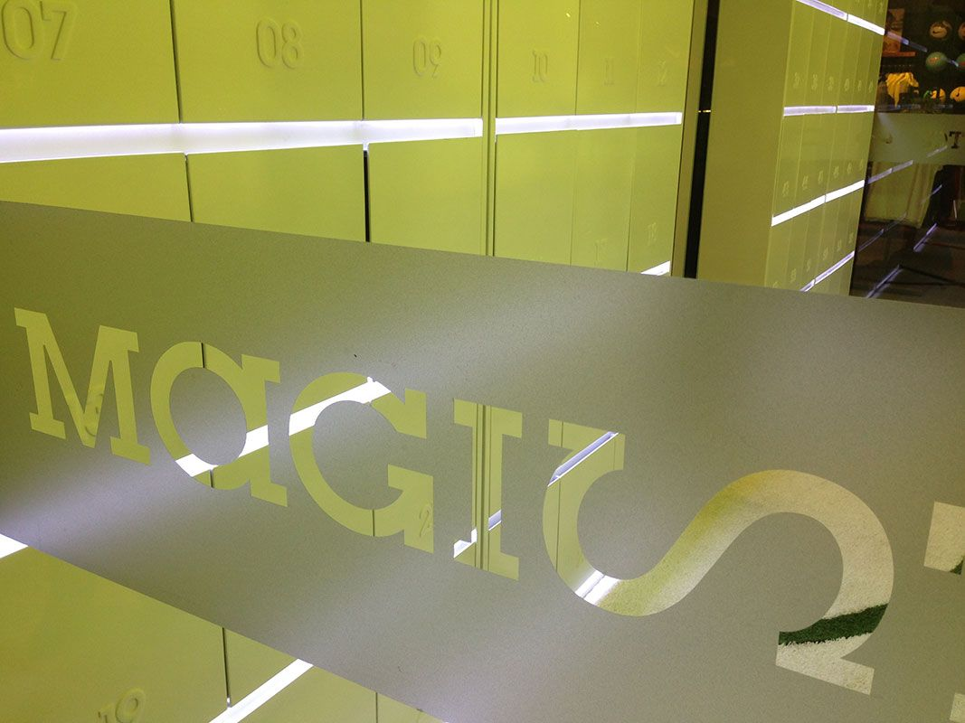 low priced 0f9ca e3762 SDM  Arquitectos Magista Room - Nike Store Montevideo Shopping