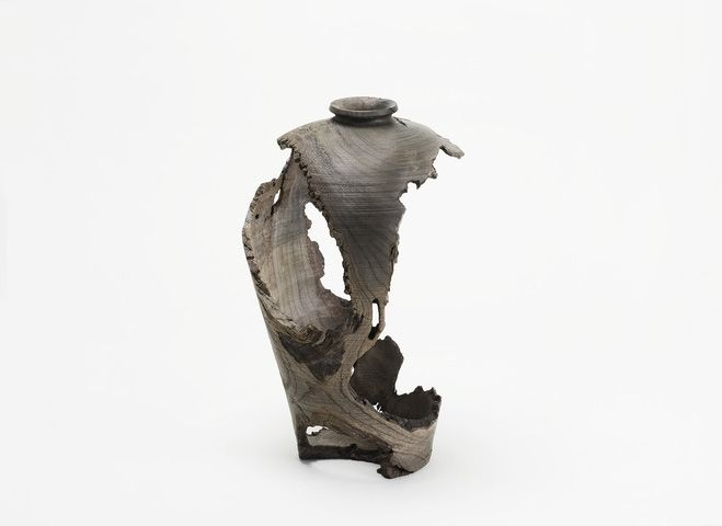 Inspired by Pottery – Carved Wooden Objects by Hiroto Nakanishi. See more on OEN http://the189.com/woodwork/inspired-by-pottery-carved-wooden-objects-by-hiroto-nakanishi #woodwork #handmade #craft #sculpture #sculptural